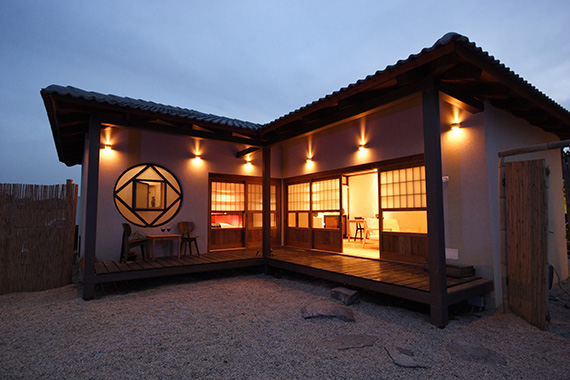ראקויה - אירוח בסגנון יפני