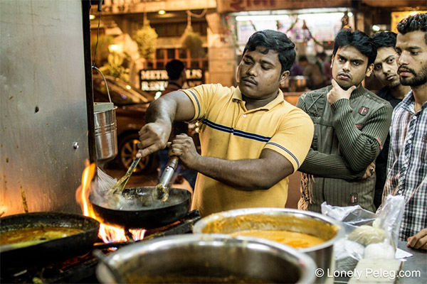 אוכל רחוב הודי - טבעוני, טעים וזול