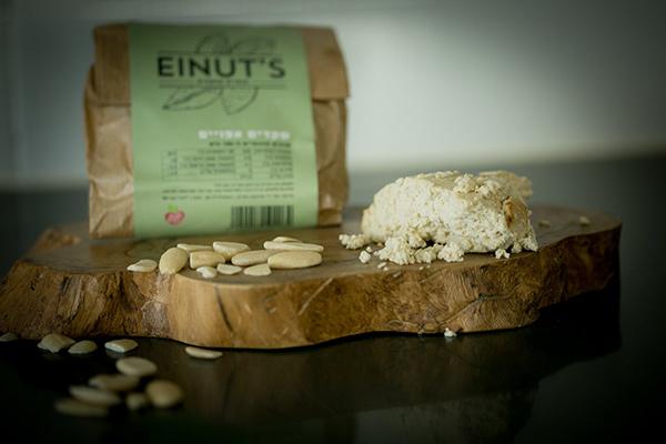גבינה טבעונית - עינת'ס