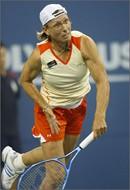 מרטינה נברטילובה, טבעונית, אחת מהטניסאיות הגדולות בכל הזמנים. נברטילובה תרמה את שמה והצטלמה לא פעם...